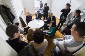 Događaj DVA SATA BEZ VRATA u profesorskim kabinetima