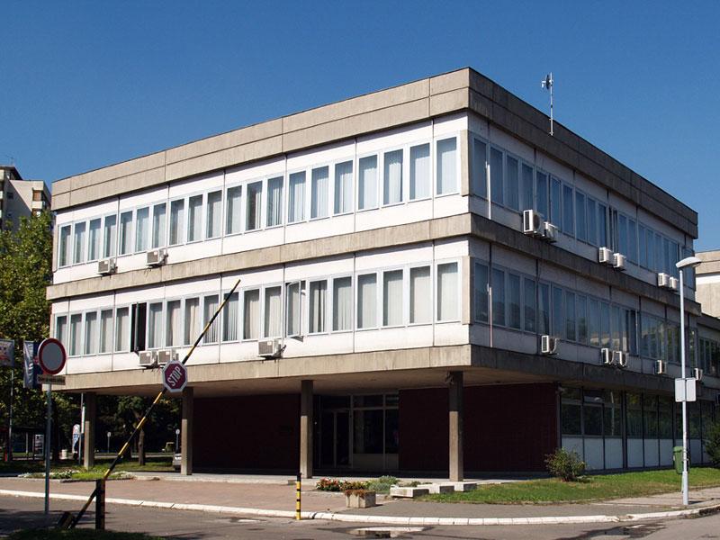 Zgrada-Arhiva_Palmira-Toljatija-1_o
