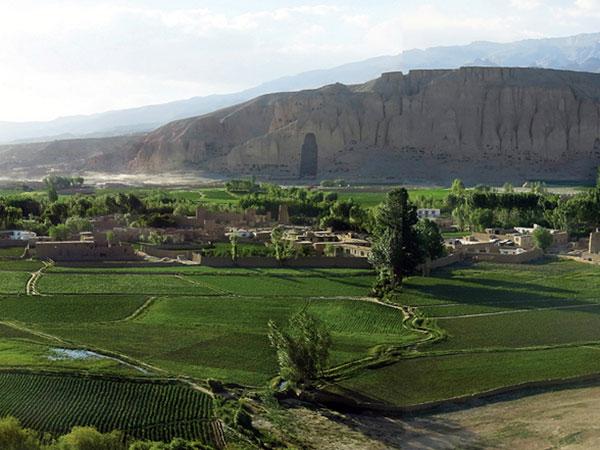 Bamiyan-Valley_opt