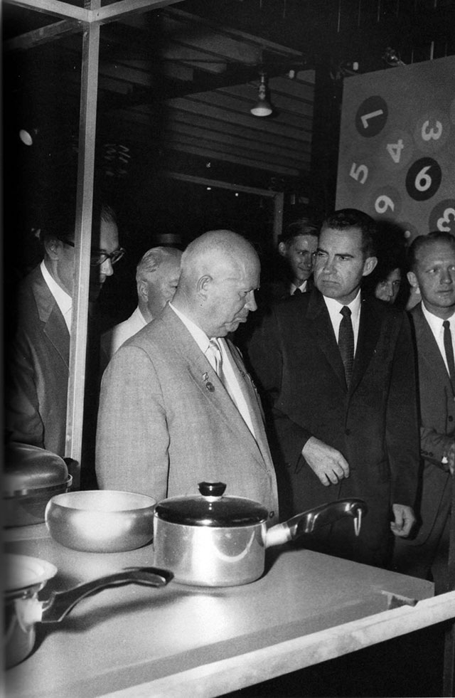 Khrushchev-and-Nixon-Moscow-1959_o