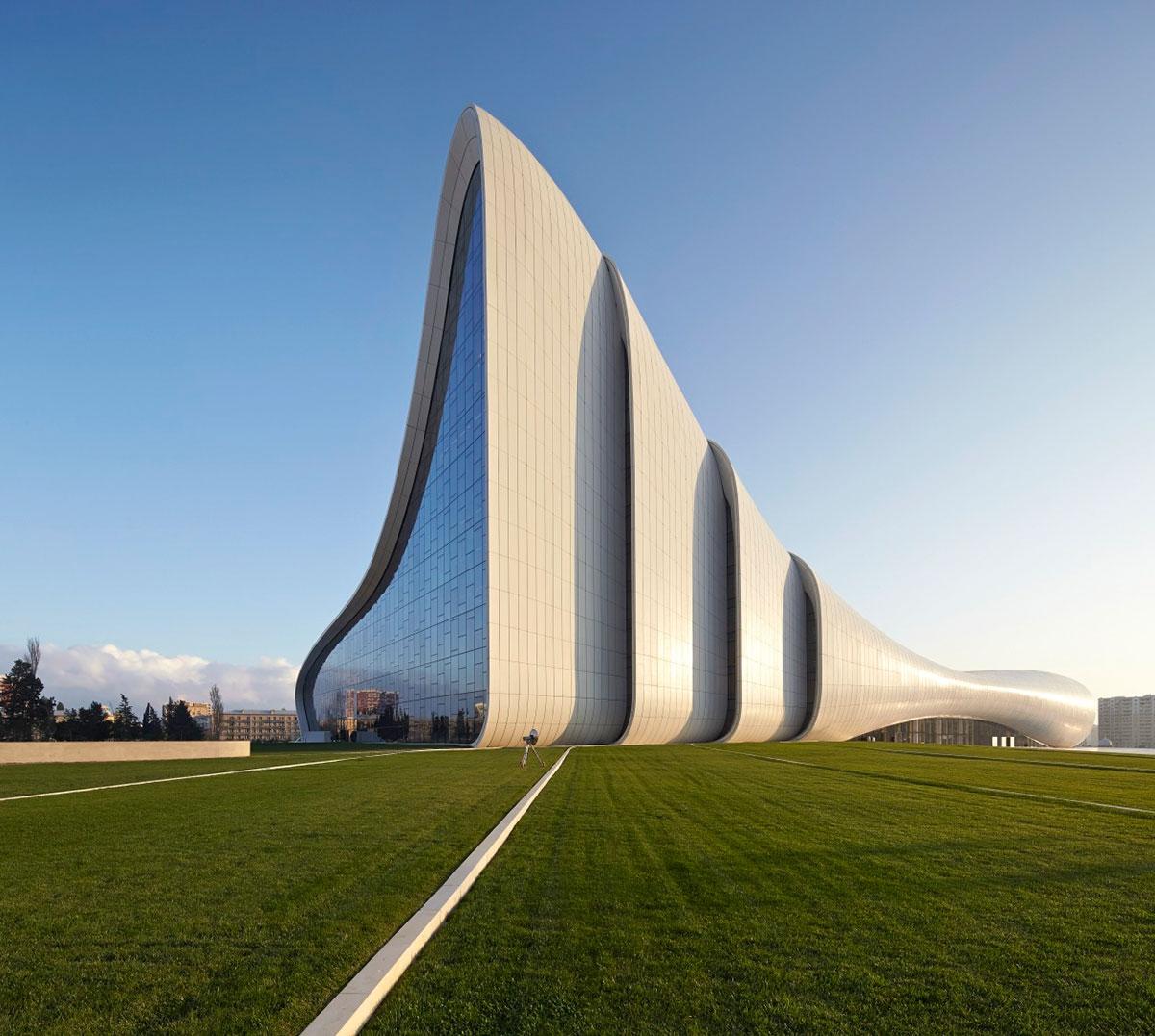 Zaha-Hadid-Architects_AKT-II_Heydar-Alijev-Cultural-Centre_01
