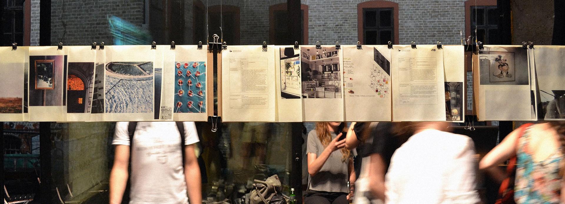 """Одржани алумни изложба и округли сто: """"Колико снаге имам ја, колико сна…"""" у галерији Штаб"""