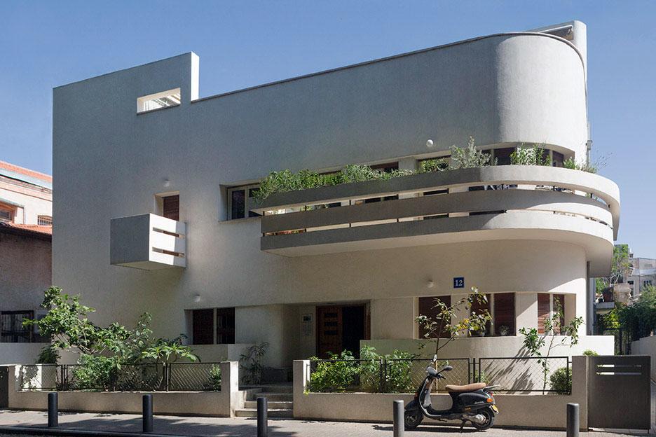 Avraham-Soskin-House,-12-Lilienblum-Street-by-Zeev-Rechter,-1933_Photo_Mikaela_Burstow_01