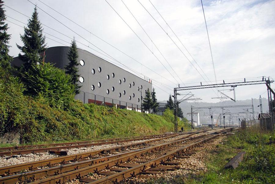 TEXTIL_Commercial_Building_379-1249_Nikola_Vukasinovic_opt