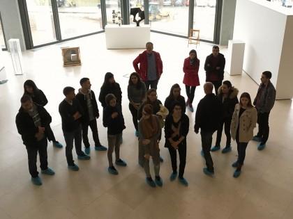 Студенти друге године МАСА у посети Музеју савремене уметности у Београду