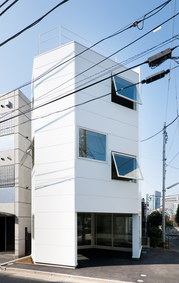 Nogisaka_House_2011_Iwaoka_Laboratory_01