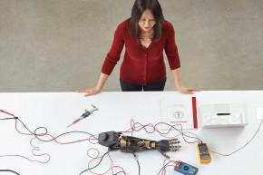 """Конкурс за доделу националних стипендија: """"За жене у науци"""" за 2018."""