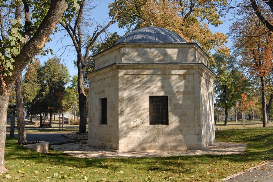 Beogradska-tvrdjava_Turbe-Damad-Ali-pase