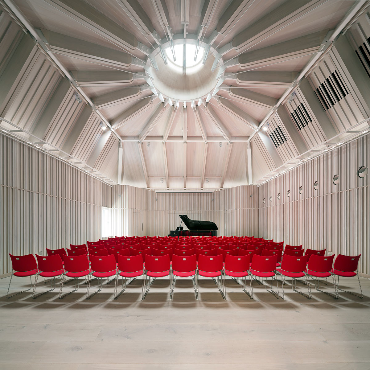 Ian_Ritchie_Architects_Royal_Academy_Music_Recital-Hall_01-(c)-Adam-Scott