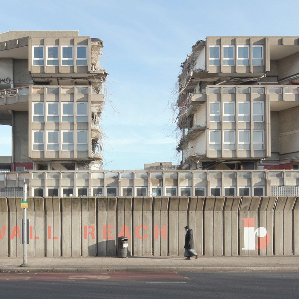 robin-hood-gardens-demolition-dezeen-1000-sq