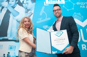 "Andrej Josifovski dobitnik jedne od nagrada konkursa ""Youth Heroes"" EXIT fondacije"