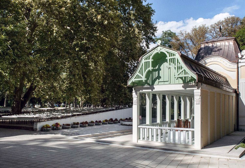 The-Pavilion-of-Prince-Milos_04
