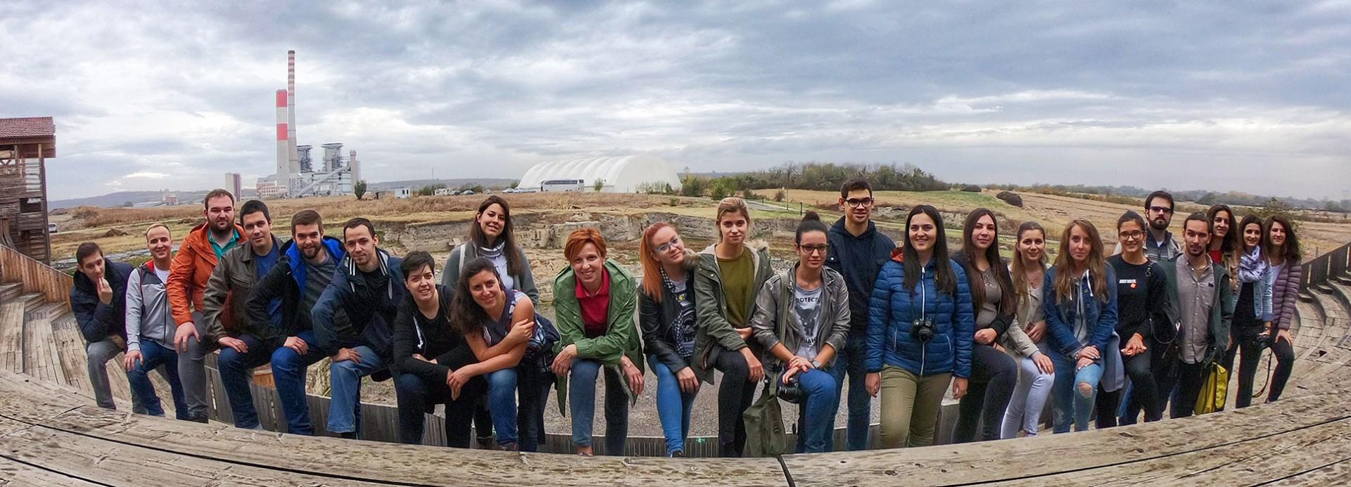 Посета студената и наставника археолошком локалитету Виминацијум