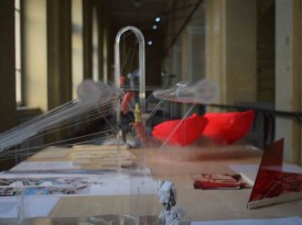 Poziv na zatvaranje izložbe izbornog predmeta ARHITEKTURA I METASTRUKTURA u ponedeljak, 23.12.2019. godine u 15 časova u Galeriji AULA